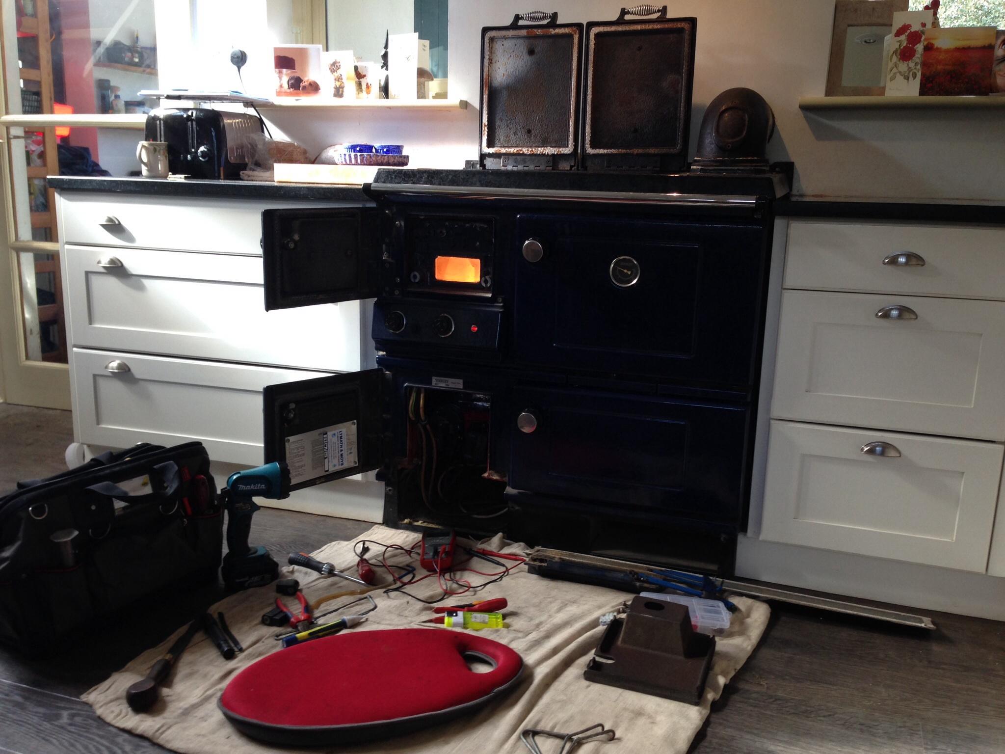 Stanley range cooker servicing