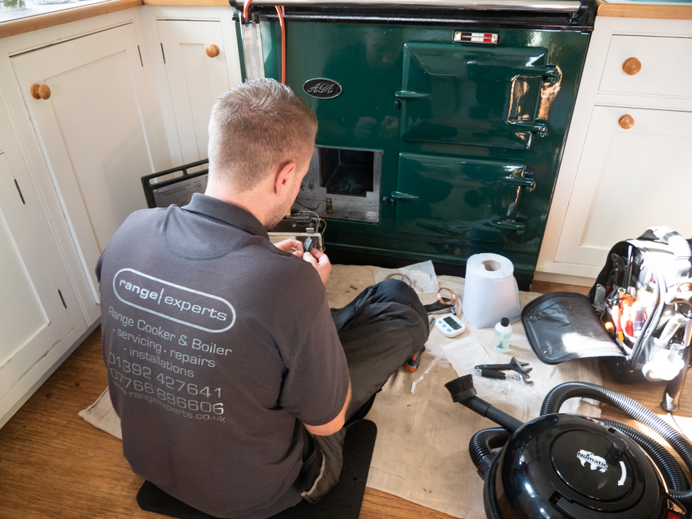 Carl servicing a green Aga